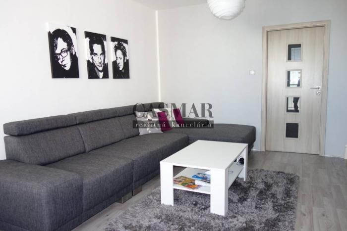 Reality CASMAR RK - Predaj pekný 3 izbový byt Spartakovská ulica