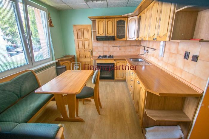 Reality Ponúkame na predaj pekný 3 izbový byt : Topoľčany (049-113-ROW)