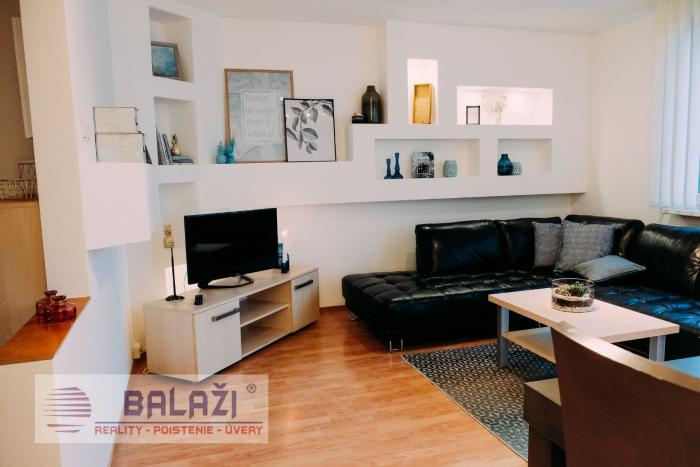 Reality MARTIN rekonštruovaný 3 izbový byt 65m2 s lodžiou, ĽADOVEŇ
