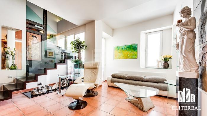Reality Bezručova - Luxusný 3-podlažný byt v blízkosti Modrého kostolíka - Staré Mesto