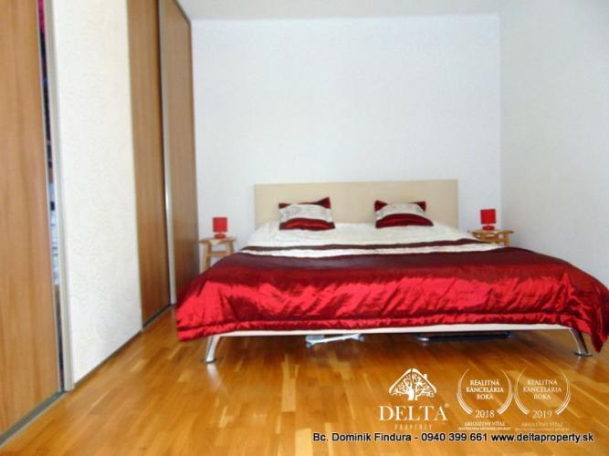 Reality DELTA - Pekný 2-izbový byt s krbom na predaj Svit