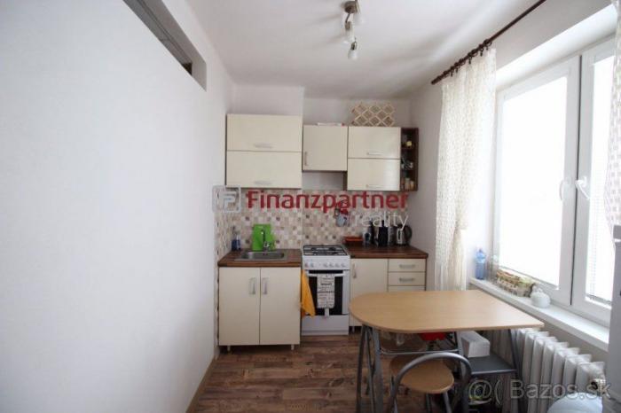 Reality NA PRENÁJOM 1-izbový byt v Humennom (038-211-ĽUO)