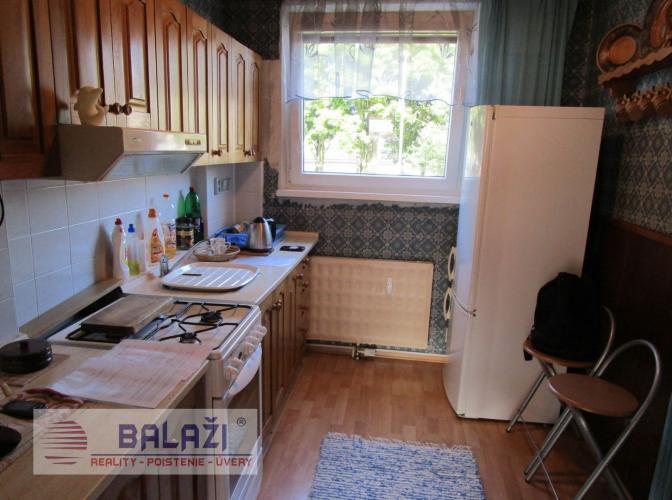 Reality MARTIN Nájom zariadený 3 izbový byt 67m2, Ľadoveň
