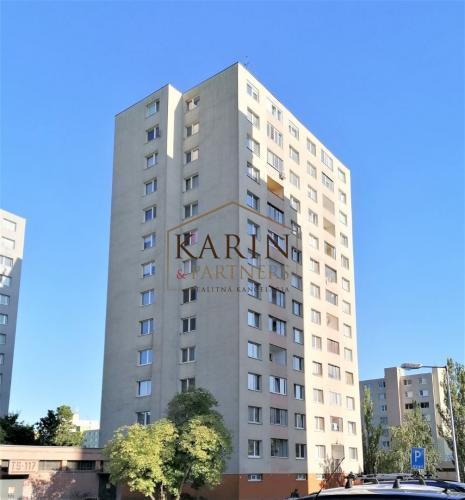 Reality Predaj – 3 izbový, slnečný byt s loggiou Pri kríži – Dúbravka BA IV. Exkluzívne!