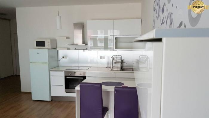 Reality Pekný 2i byt, novostavba, balkón, Lužná ulica, začiatok Petržalky