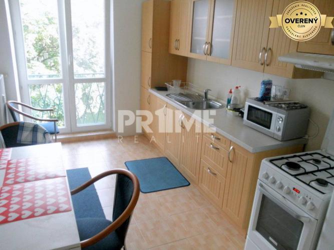 Reality Útulný 2i byt,loggia, balkón, 2 x nepr.izba, Paričková ulica, Ružinov