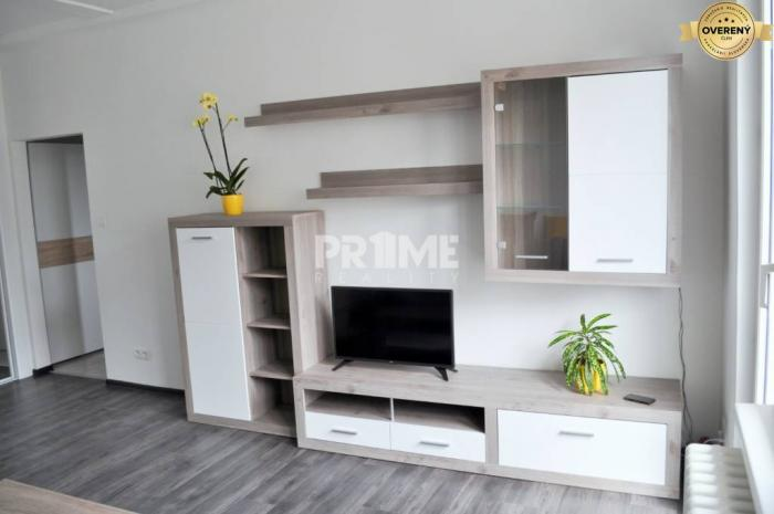 Reality Krásny 3i byt, tichá oblasť, rekonštrukcia, Astrová ulica – Ružinov