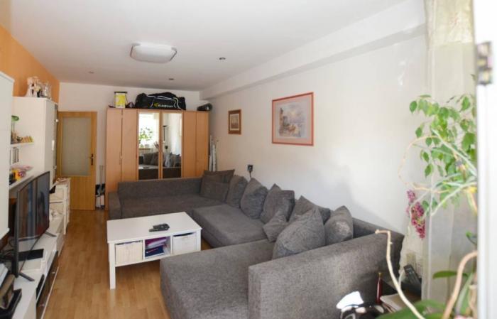 Reality 3 izbový byt v tichom prostredí, nová elektrina, klimatizácia,Nobelova