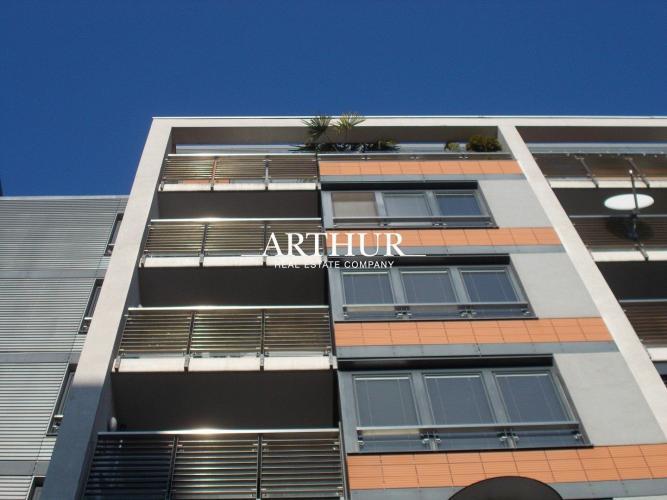 Reality ARTHUR - Atraktívny 2izb.byt, 95m2, loggia, výťah, 4/7p., tehla, BA II., parking