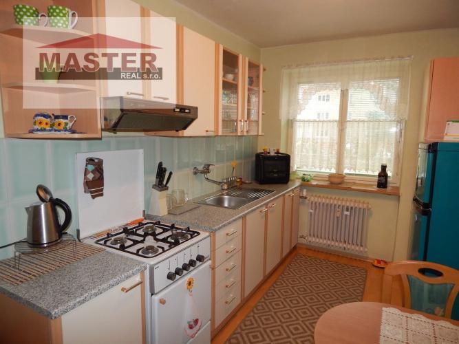 Reality REZERVOVANE-Exkluzívne-Na predaj 1- izbový byt, 49 m2, Prievidza, Staré sídlisko
