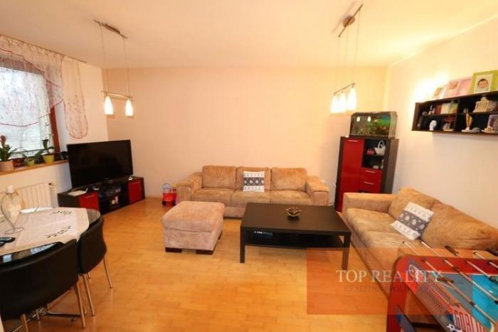 Reality NOVINKA! Veľký 3 izbový byt, 80 m2, 1/4, loggia v meste Trnava, Na Hlinách 129.000 €