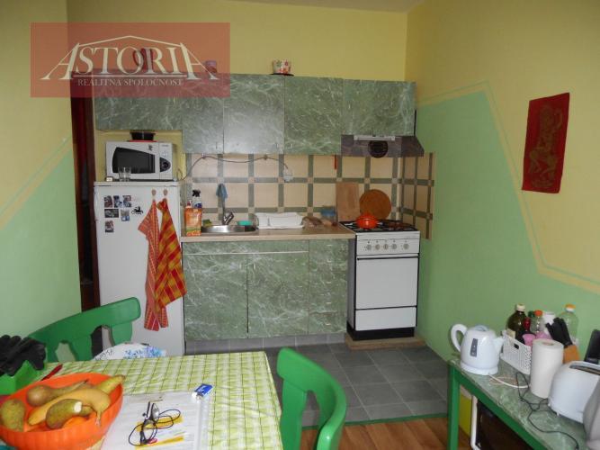 Reality 1 – izbový byt Martin-Záturčie, veľkometrážny 48m2