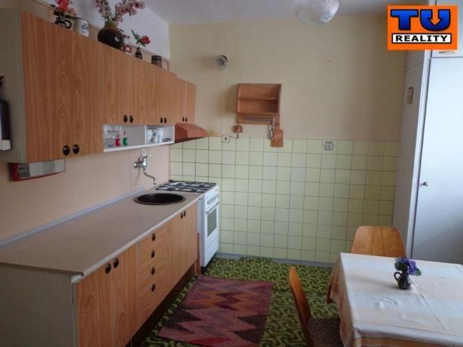 Reality TEHLOVÝ 3+1 BYT, BALKÓN, 68 m2, SIHOŤ - ŠVERMOVA ULICA. CENA: 85 550,00 EUR