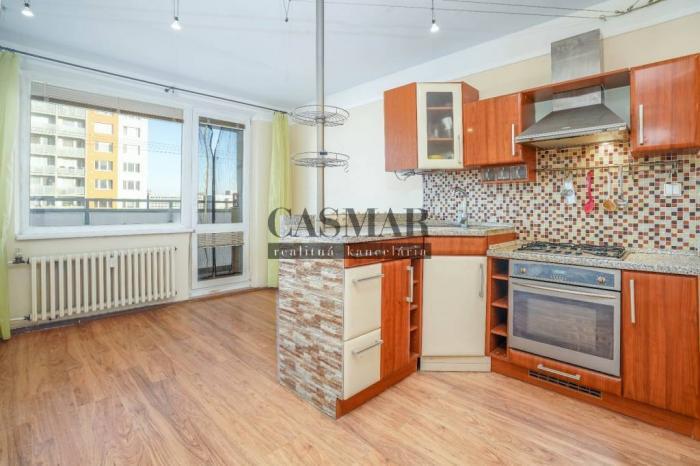 Reality EXKLUZÍVNE na predaj veľký 1 izb.byt 41m2 s dvoma loggiami, Golianova
