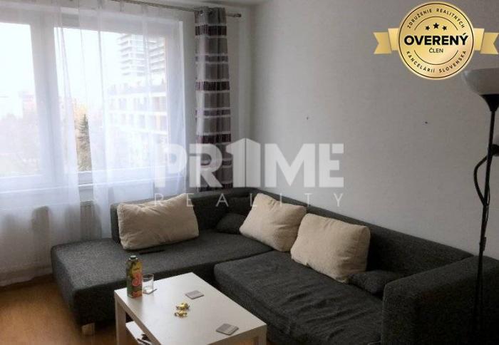 Reality Pekný 3i byt, rekonštrukcia, balkón ,Rumančeková ulica, Ružinov