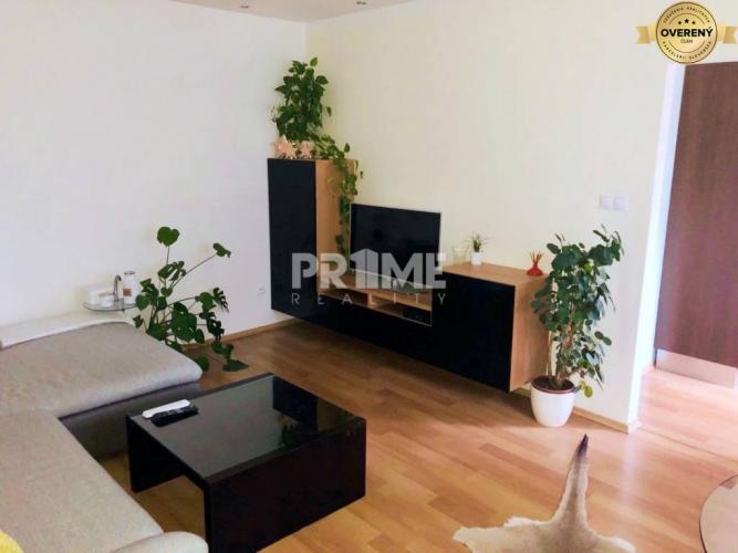 Reality Pekný 2i byt, rekonštrukcia, balkón, Haburská ulica, Ružinov