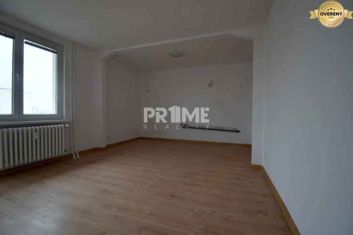 Reality Kompletná cena,1,5i byt, rekonštrukcia, balkón,Svidnícka ulica,Ružinov