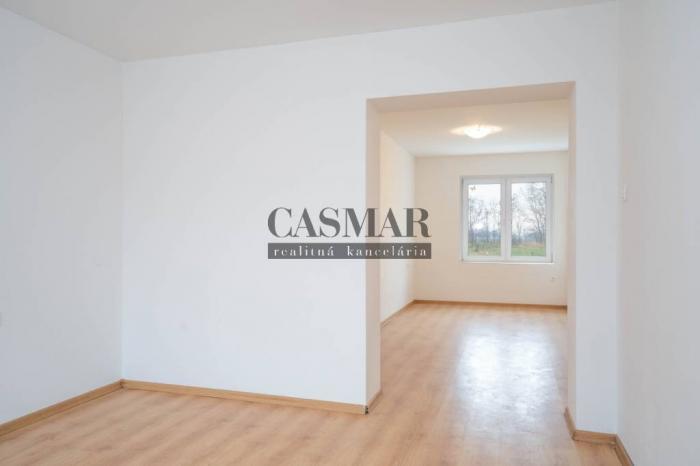 Reality CASMAR RK - Predaj 1 izbového bytu v Cíferi rezort Karlov Dvor