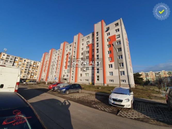 Reality Predaj, štvorizbový družstevný byt Tornaľa, Školská - EXKLUZÍVNE HALO REALITY