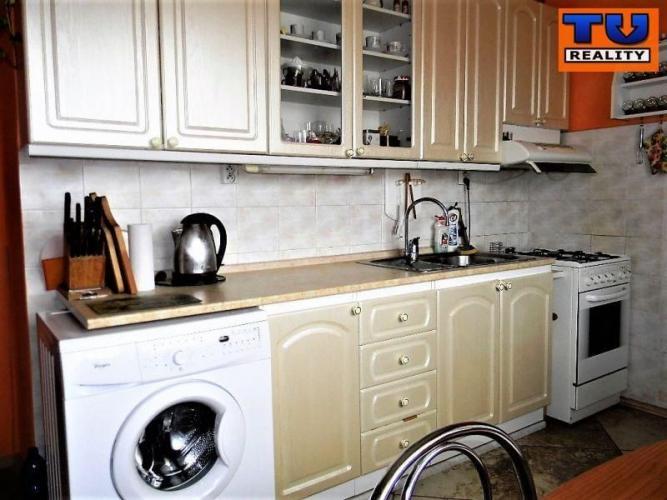 Reality EXLUZÍVNE 2i byt Nitra Novomeského ul. 65m2 s balkónom. CENA: 89 980,00 EUR