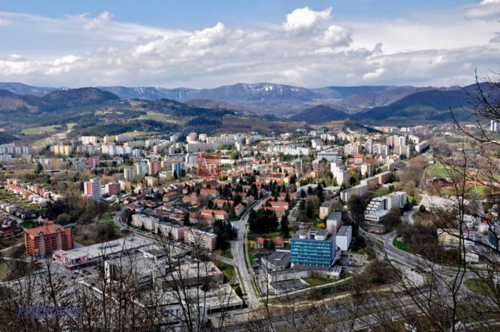 Reality Súrne hľadám pre klienta, 2-izbový byt, B.Bystrica - Radvaň