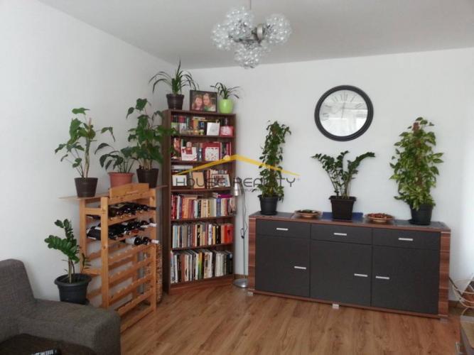 Reality Prenájom pekný 2 izbový byt, Nejedlého ulica, Bratislava IV. Dúbravka