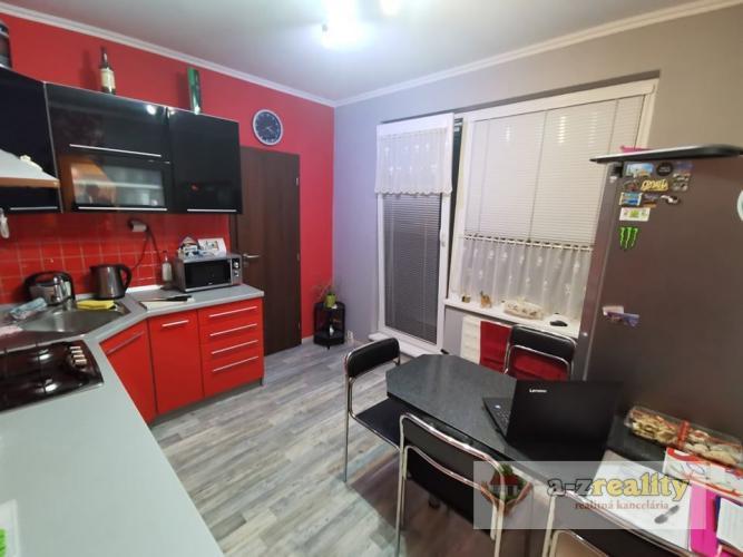 Reality 2896 Na predaj 3-izb.byt v Nových Zámkoch