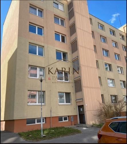 Reality Priestranný, svetlý 3 izb. byt BA - Petržalka .Top Ponuka !!!