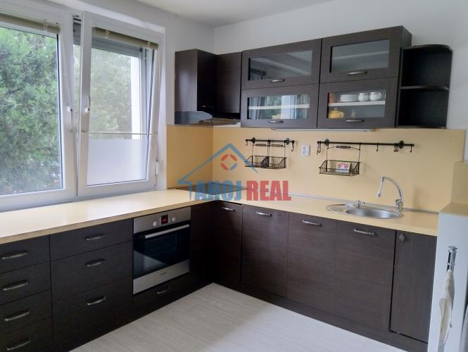 Reality Väčší 82m2 byt, 2x loggia, komora, pivnica