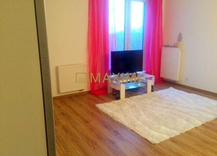 Reality Bývajte priamo pri Draždiaku - 1- izbový byt na Antolskej ulici