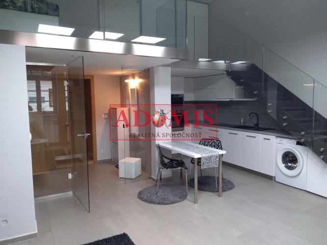 Reality prenájom 2-izbový byt, ulica Baštová ,Košice
