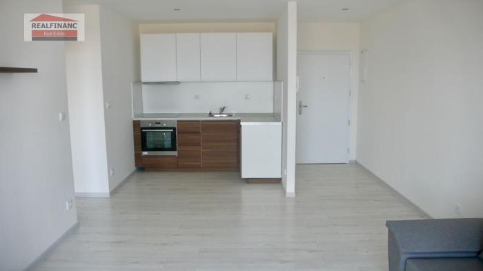 Reality Na prenájom 2.-izb. byt v NOVOSTAVBE s veľkým balkónom, parkovacie miesto, obec Opoj