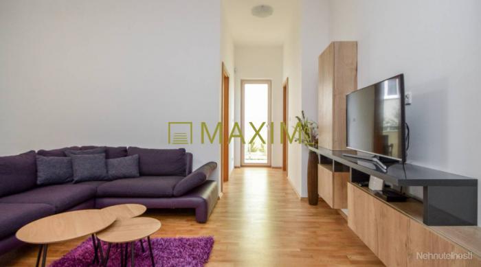 Reality Prenajmem pekný byt v novostavbe na Hradnom vrchu