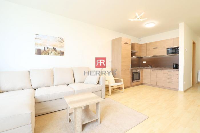 Reality HERRYS - Na prenájom 1 izbový moderne zariadený byt  v novostavbe III Veže