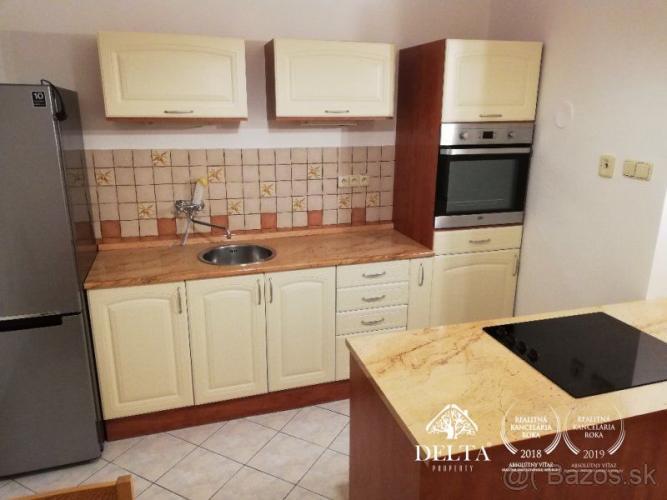 Reality 2-izb. byt s dvomi loggiami Banská Bystrica -Sídlisko prenájom