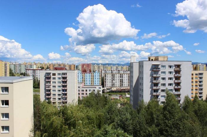 Reality Hľadám 3-izb. byt na kúpu, B. Bystrica - Sásová,Tatranská, Starohorská