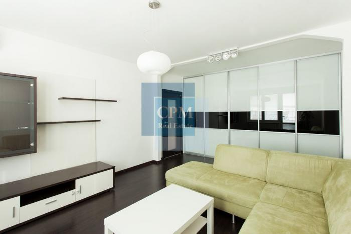 Reality Prenájom 2 izbový byt s 2 loggiami Nové Mesto