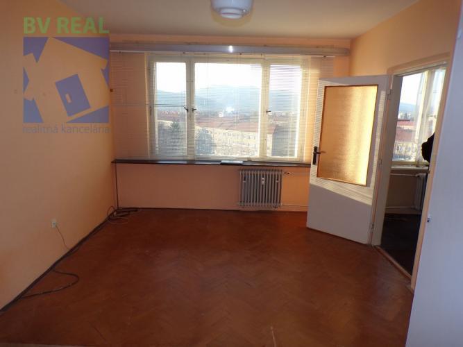 Reality BV REAL Na predaj 1 izbový byt 39 m2 Prievidza 70048
