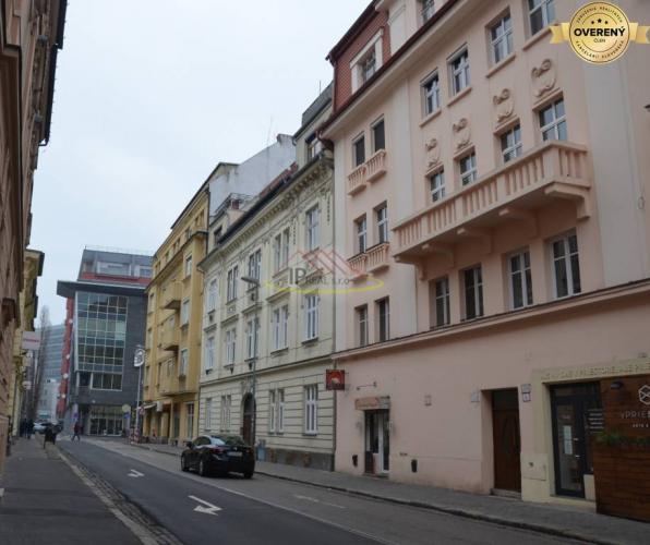 Reality Predaj 3izbového bytu na Klemensovej ulici
