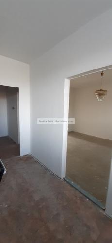 Reality 2 izbový byt s balkónom na predaj - Borodáčova ul., mestská časť Ružinov