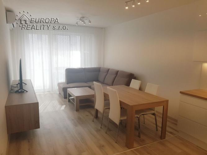 Reality Prenájom luxusný 3-izb. byt BA Ružinov - NOVOSTAVBA