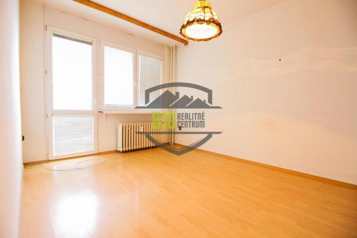 Reality 2 izbovy byt v centre mesta (čiastočná rekonštrukcia)