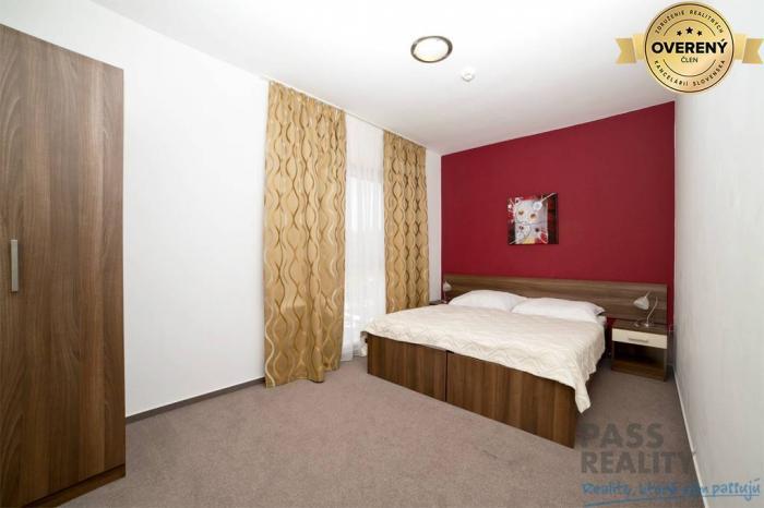 Reality Prenájom 2i apartmánu s TV,PARKovanie,BAZÉN a FITKO v cene,bez provízi