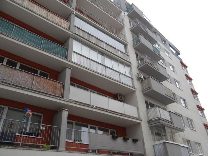 Reality SENEC  – NA PRENÁJOM – exkluzívny 1 izbový byt v novostavbe na pešej zóne s balkónom v Sen