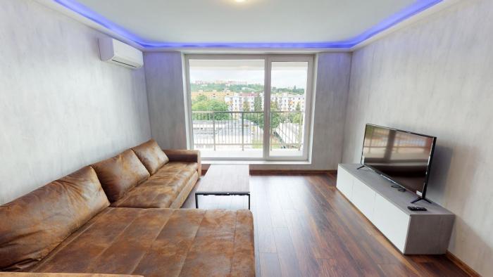 Reality Na prenájom luxusný 2 izbový byt s parkovacím miestom v Trenčíne, Legionárska ulica, novostav