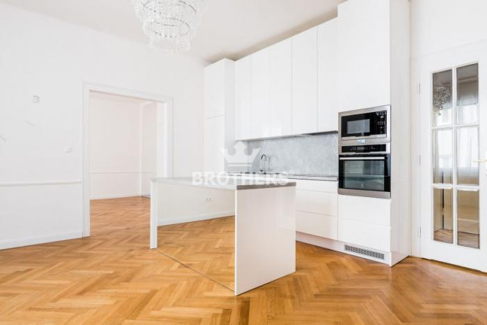 Reality Byt - 112 m2, Bratislava - Staré Mesto, GRÖSSLINGOVÁ  ulica