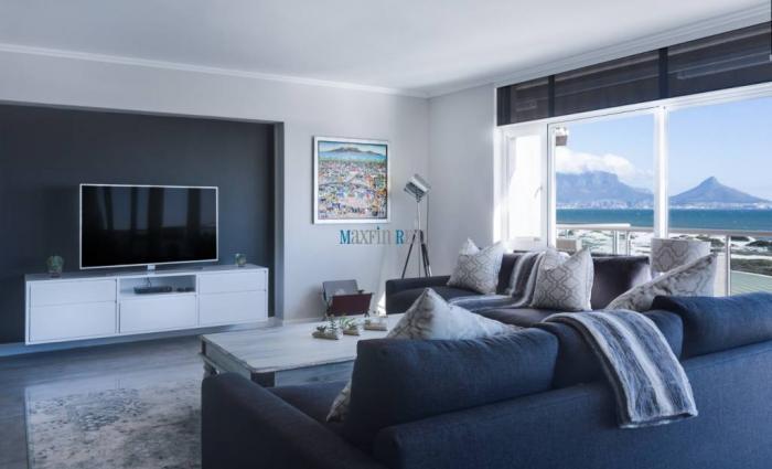 Reality MAXFIN REAL - Hľadáme pre klienta 3 izbový byt v Banskej Bystrici.