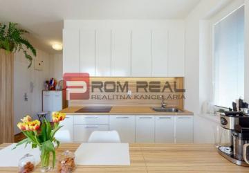 Reality Exkluzívne na predaj krásny 2 izb. byt v bytovom dome Vinosady Muškát