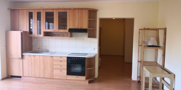 Reality Prenájom pekný 2 iz byt, garažove štatie, Rozvodná ul. 550 EUR KOMPLET