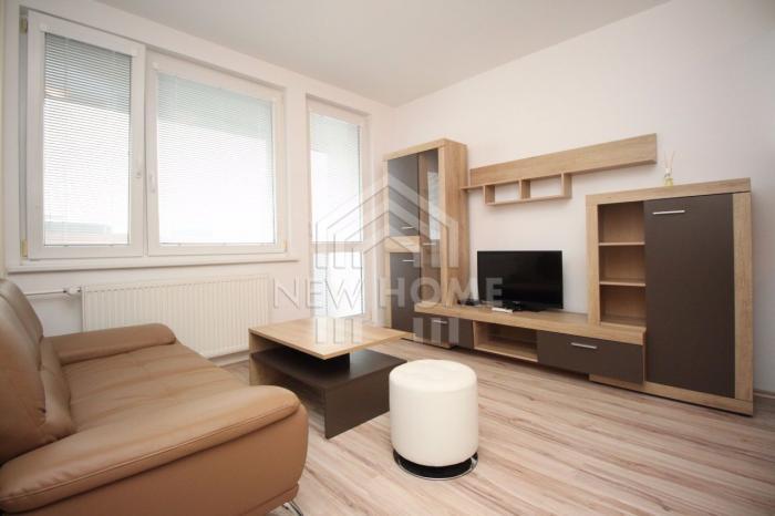 Reality KOŠICKÁ  1,5  iz. byt, veľká lodžia, KLIMATIZÁCIA, WIFI, TV